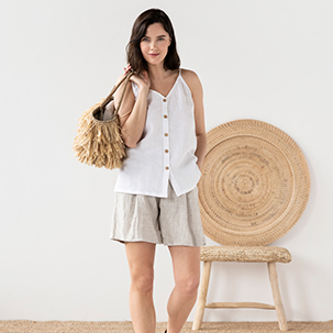 What to Wear Under Linen Clothes?