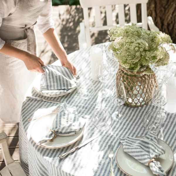 How to Starch Linen Tablecloths?